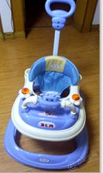 婴儿学步车60元