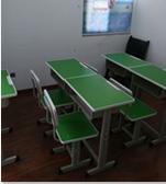 学生桌椅18套售