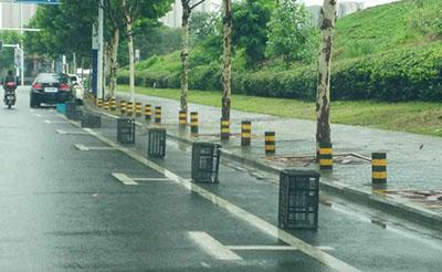 【曝光】水阳江路两侧停车位被附近餐馆霸占