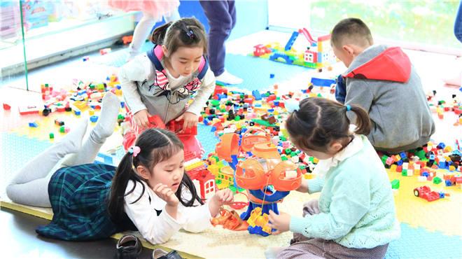 从孩子的天性出发:设计-搭建-反思-改进……玩妈这次终于把合肥6大校区孩子们疯狂