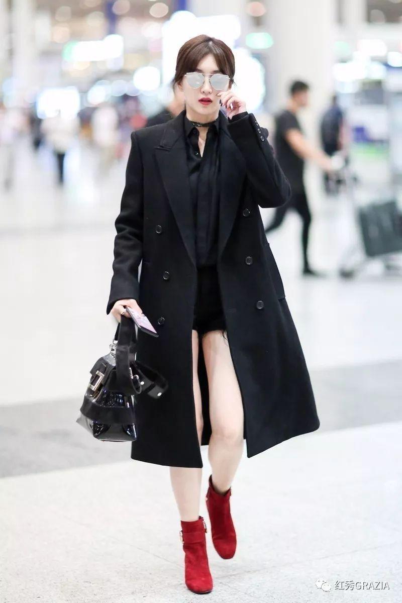 秋季最显瘦的穿法,外套长过裙!
