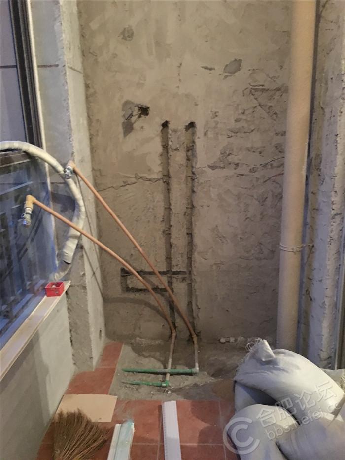 1热水器同侧-铲完保温层.JPG