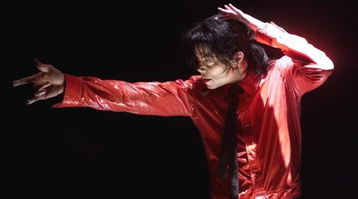 合肥街头惊现迈克尔杰克逊快闪,竟然是为了....<
